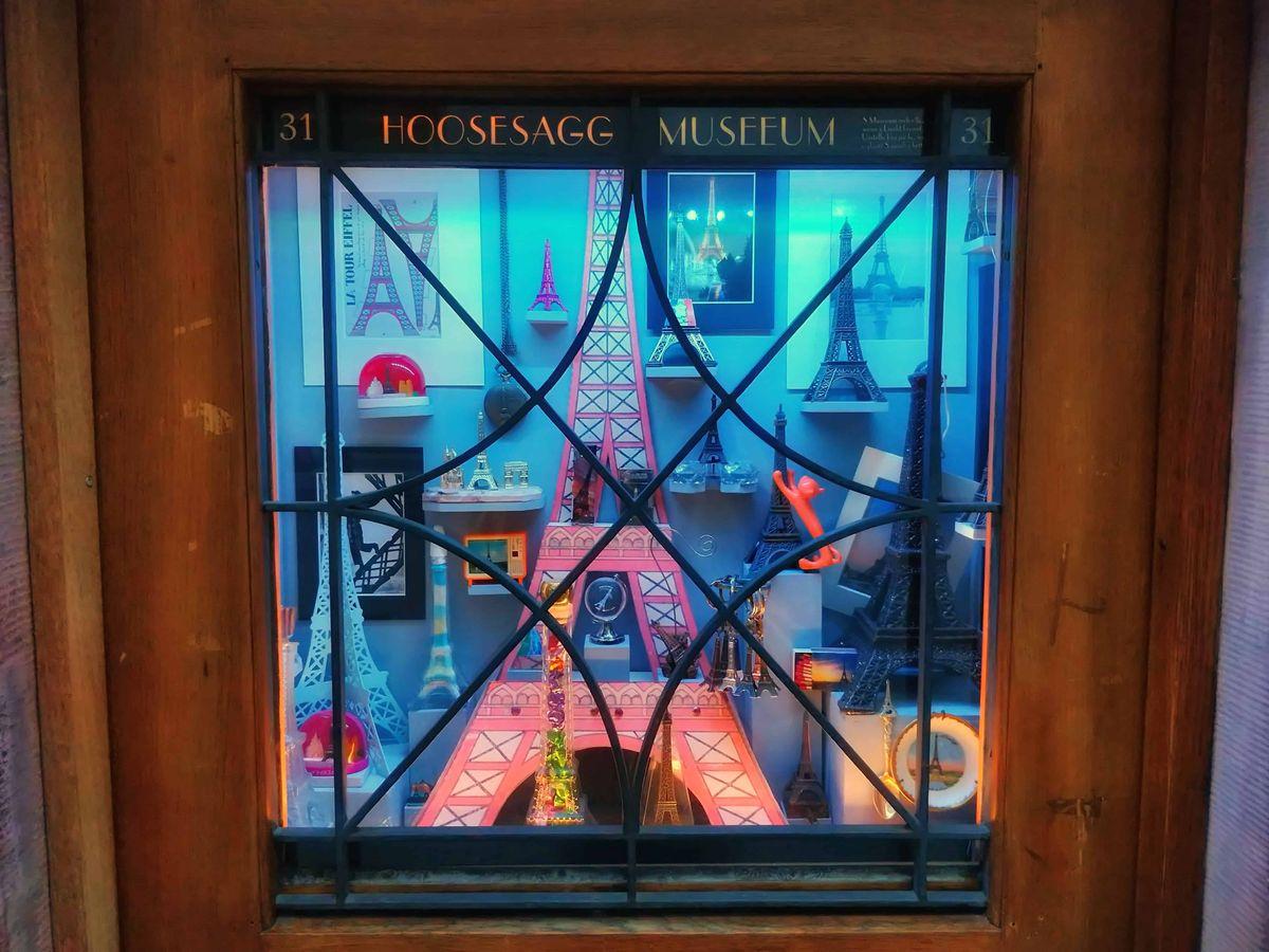 Hoosesagg Múzeum jelenlegei párizsi kiállítása