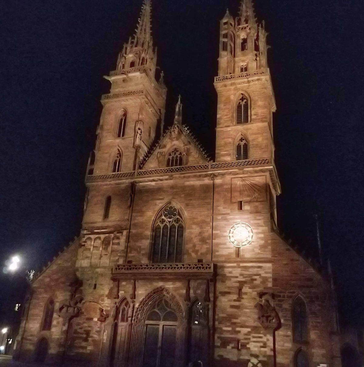 A Münster, azaz a bázeli székesegyház szintén egy kihagyhatatlan látnivaló
