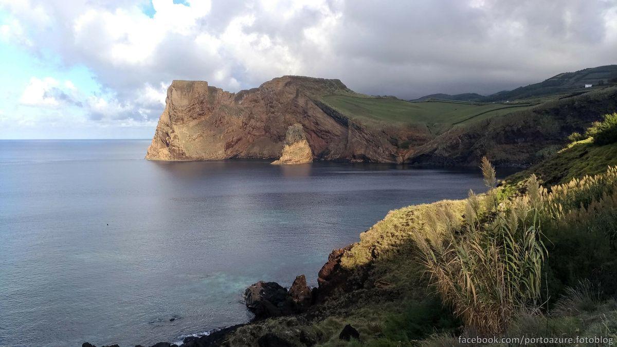 A Morro keleti oldala, Velasból nézve
