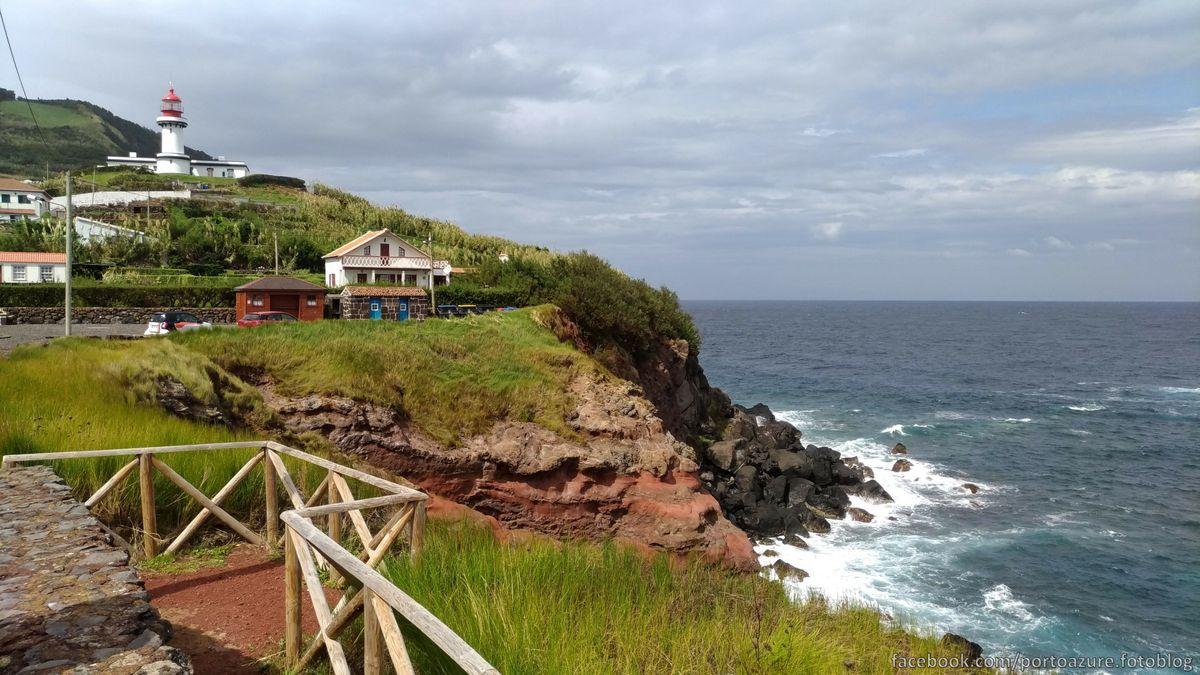 Farol da Ponta, világítótorony Topo városka határában