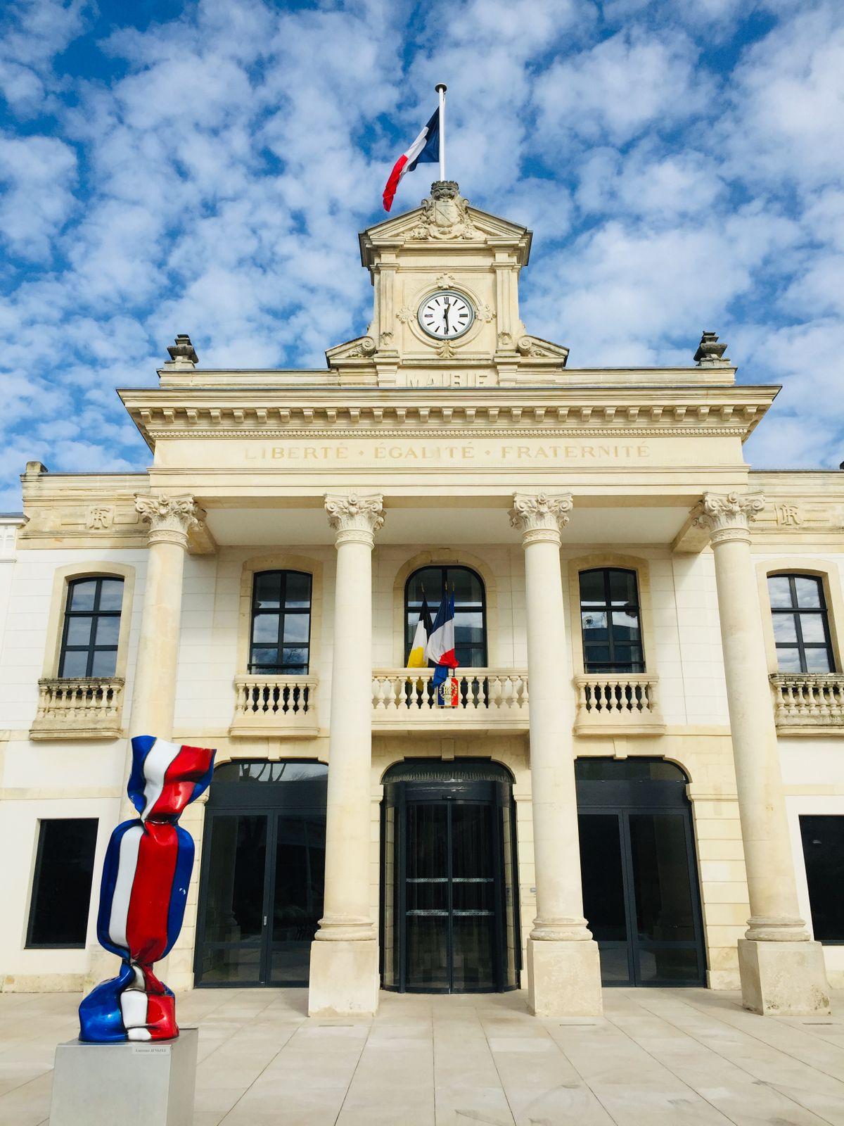 Francia-épület